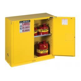Armoire de sécurité pour produits inflammables  Capacité : 114 L